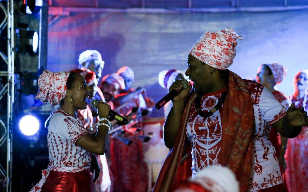 O Afoxé Alafin Oyó comemora aniversário em cortejo oficial no sábado de Carnaval